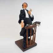 פסל עורך דין - Forchino