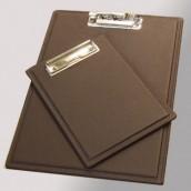 לוח כתיבה מעור עם תופסן לדפים A5 - מלכיאור